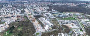 Vue aérienne du chantier de la SGP le long du boulevard du Ru de Neslé
