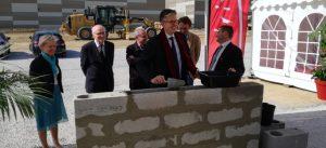 Nicolas Ferrand pose la première pierre du bâtiment Spirit à Bailly-Romainvilliers