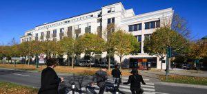 Immeuble de bureaux Le Vega dans le centre urbain du Val d'Europe à Chessy