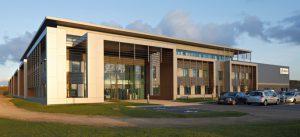 Un bâtiment d'activité dans la ZAC de Lamirault : le siège social de la société AERECO