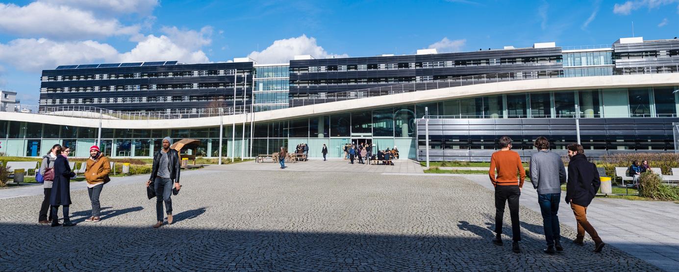 Immeuble de bureaux et laboratoire