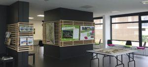 Les panneaux d'exposition de la Maison de l'écoquartier de Montévrain