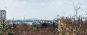 Photographie du chantier engagé sur la ZAC de Marne-Europe, à Champigny-su-Marne, dont la vue est orientée vers Paris