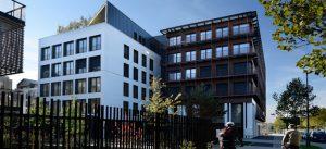 Photographie de l'immeuble NEOS, situé sur l'Avenue de l'Europe à Montévrain
