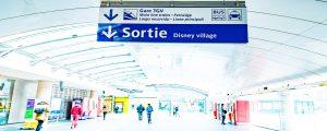 Panneau de sortie de la gare TGV de Marne-la-Vallée - Chessy