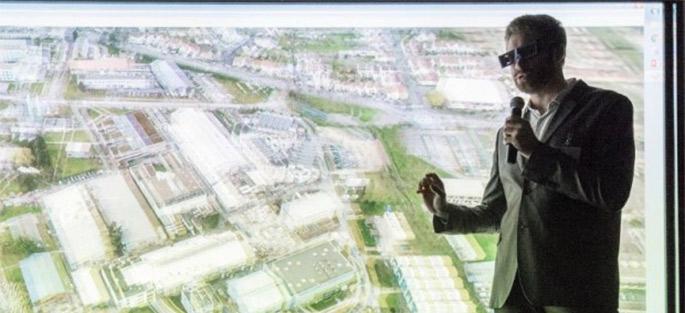 Démonstration des usages de la salle virtuelle dans la salle Oscar Niemeyer du CSTB