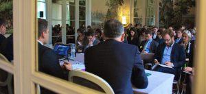Photographie de l'assemblée présente lors de la conférence Club Ville Hybride du Grand Paris (Marne-la-Vallée)