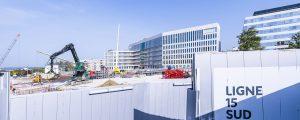 photographie du chantier de la Gare du Grand Paris Express (Noisy-Champs : Cité Descartes) aux abords des immeubles de bureaux Le Tryptique et Casden (Octobre 2017)