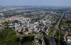 Vue aérienne du centre urbain de Noisy-le-Grand (2007)