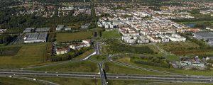 Vue aérienne en bordure de l'autoroute A4, ce futur quartier constituera un élément identitaire fort, reconnu à l'échelle métropolitaine, de la commune de Bussy Saint-Georges