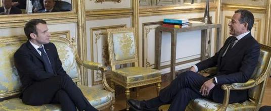 Rencontre : Emmanuel Macro reçoit Robert Iger, PDG de Disney, le 27 février 2018.