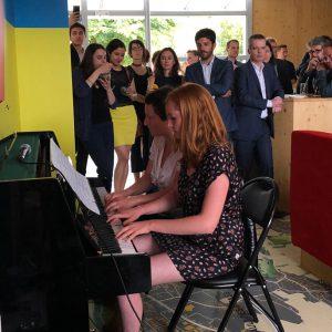 Les collaborateurs d'EPAMARNE lors de l'inauguration du Piano-Bar