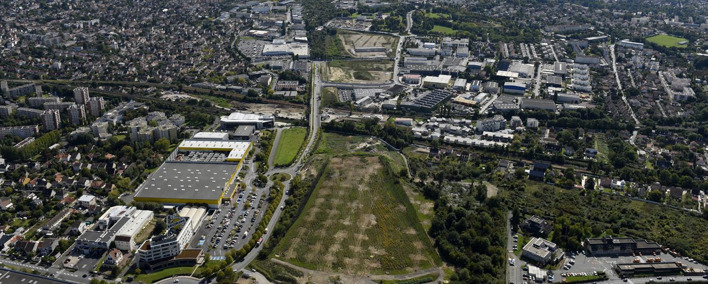 Vue de la VDO depuis l'autoroute A4, de Villiers-sur-Marne (site de Marne-Europe) vers Champigny, Chennevières et Ormesson-sur-Marne